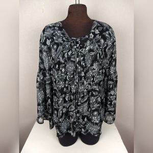 Torrid Floral Print Pleated Tie Front Top Size 0